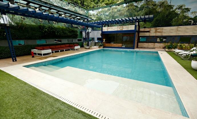 bbb16-decoracao-piscina-1