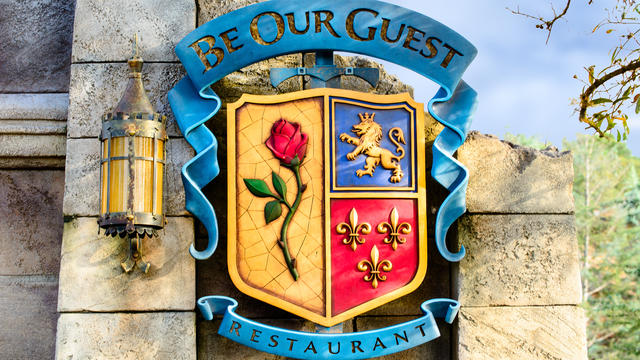 be-our-guest-restaurant-gallery07
