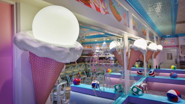 beaches-and-cream-soda-shop-gallery05