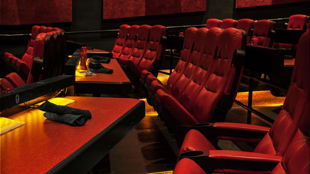 fork-and-screen-dine-in-theatre-gallery06